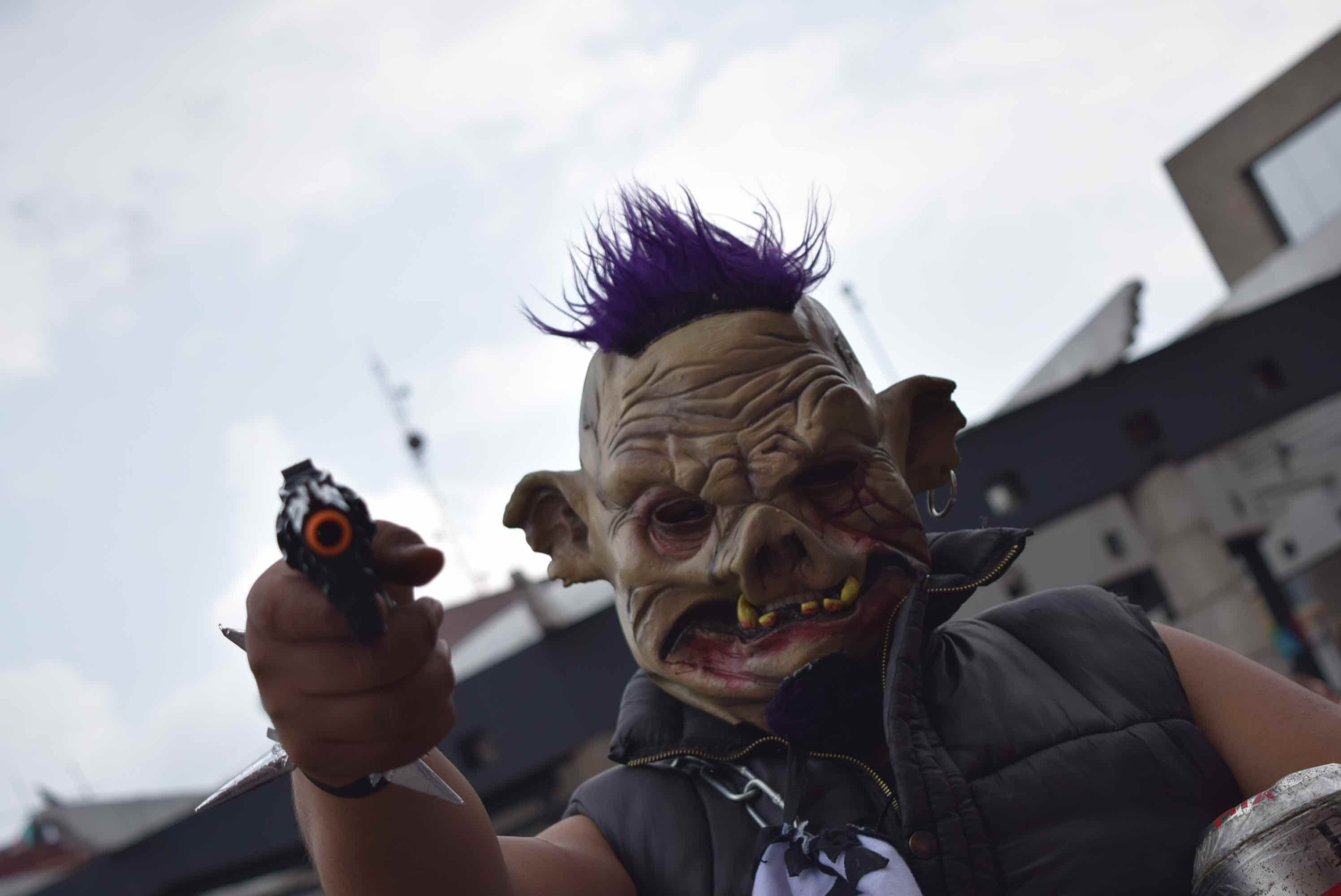 De todas partes monstruos invadieron Toluca